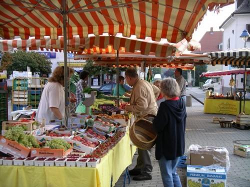 Freyaplatz Wochenmarkt