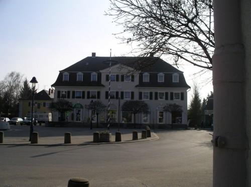 Freyaplatz mit Gesellschaftshaus